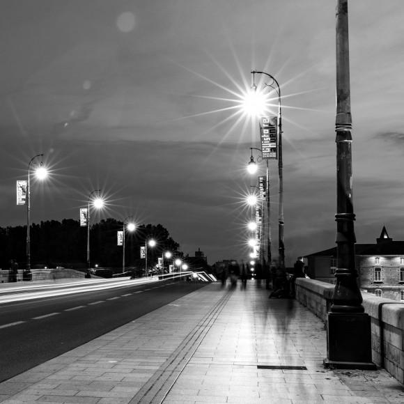 Réflexions nocturnes d'un réverbère